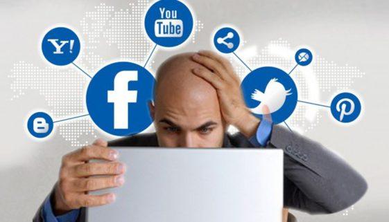 Managing social media during a crisis